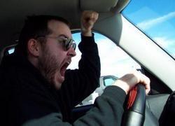 Как реагировать на агрессию на дороге?
