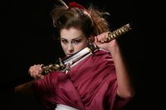 Что можно и чего нельзя делать, если Вы берёте в руки японский меч?