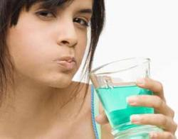 10 советов, как убрать запах изо рта
