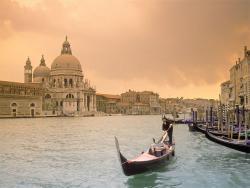Конфеты, Италия и Instagram