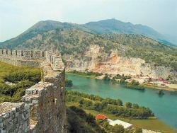Чем славится Албания?