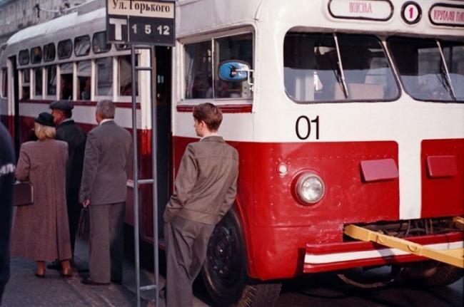 60 лет назад на минские улицы вышел первый троллейбус
