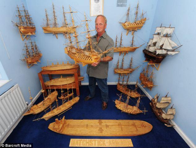 Дэвид Рейнольдс собрал из спичек Титаник