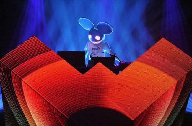 Ди-джей Deadmau5 в «Masonic Temple»