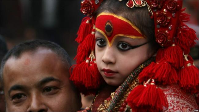 Кумари - земное воплощение богини-матери Таледжу