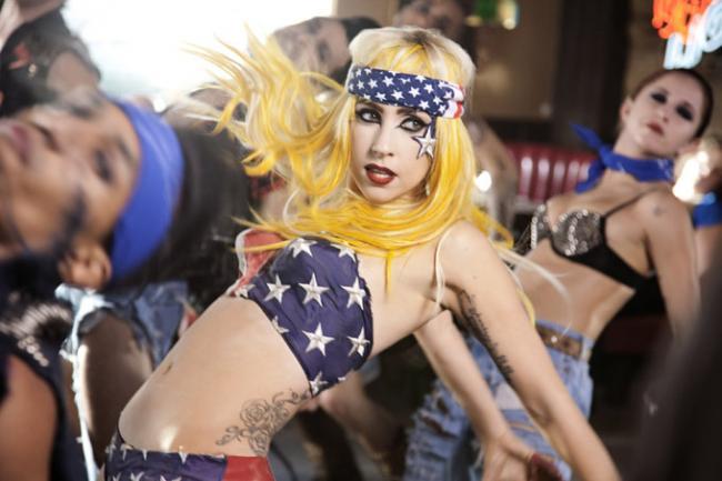 Леди Гага получила главную награду Video Music Awards