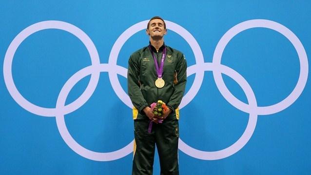 Пловец Кэмерон ван ден Бург из Юной Африки выиграл золотую медаль в Лондоне