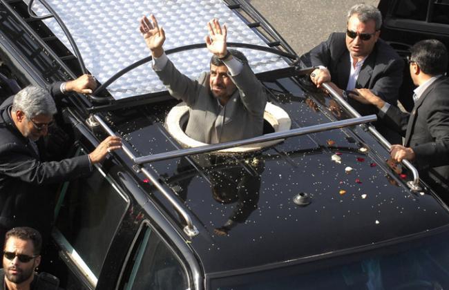 Приветствие президента Ирана Махмуда Ахмадинежада