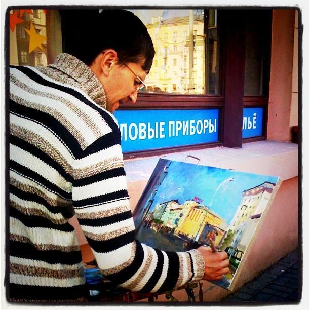 Уличный художник в Минске