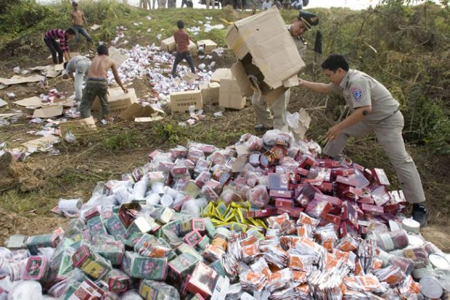 Уничтожение лекарств в Камбоджии