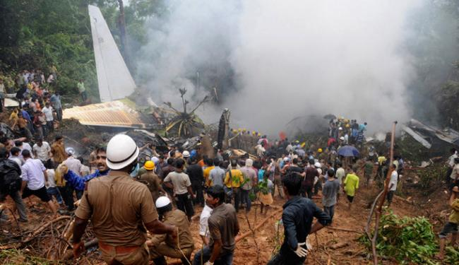 В Индии разбился пассажирский самолет Боинг-737