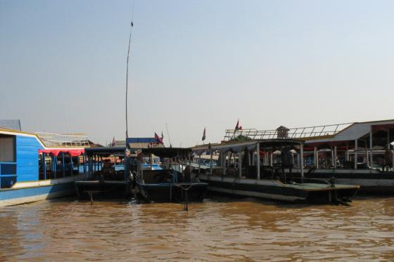 на пути к плавучей деревне на озере Тонле Сап (Cambodia)