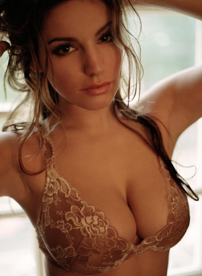 Келли Брук (Kelly Brook) для журнала Arena
