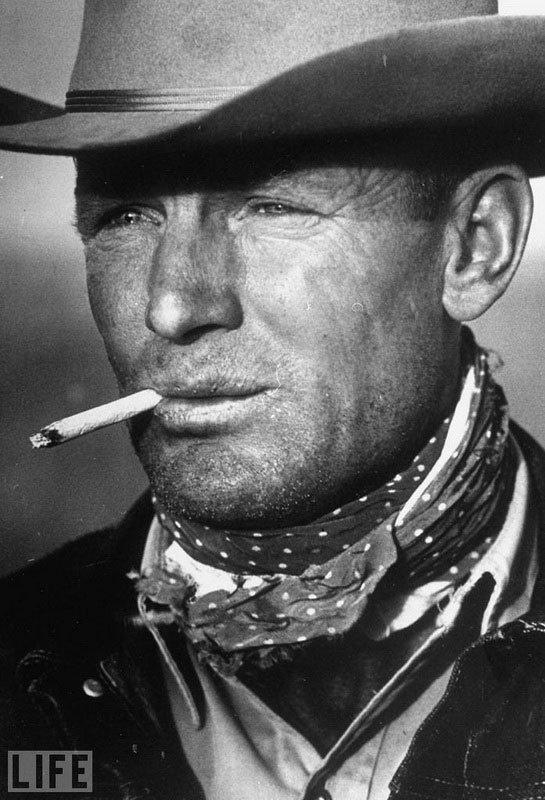 «The Marlboro Man». Leonard McCombe, 1949 39-летний техасский ковбой Clarence Hailey, образ которого был использован впоследствии для рекламы сигарет.