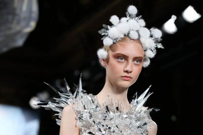Самые запоминающиеся творения дизайнеров на Неделе моды в Париже