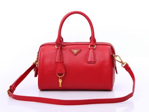 Женская сумка Prada Saffiano Patent Leather top handle bag (Прада Сафьяно Патент Лезер топ хэндл бэг)